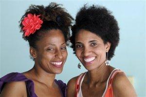 http://www.miamiherald.com/2013/10/11/3682690_p2/artists-educators-laud-black-heritage.html